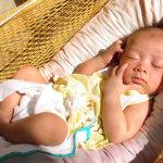 Mẹo tắm nắng cho trẻ