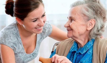 Dịch vụ chăm sóc người già- người bệnh chu đáo và chuyên nghiệp